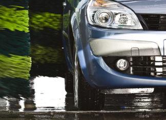 Czy warto korzystać z myjni samochodowej?