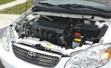 Trzy zalety kupowania części samochodowych przez internet